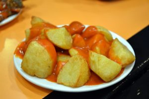How to prepare Patatas bravas