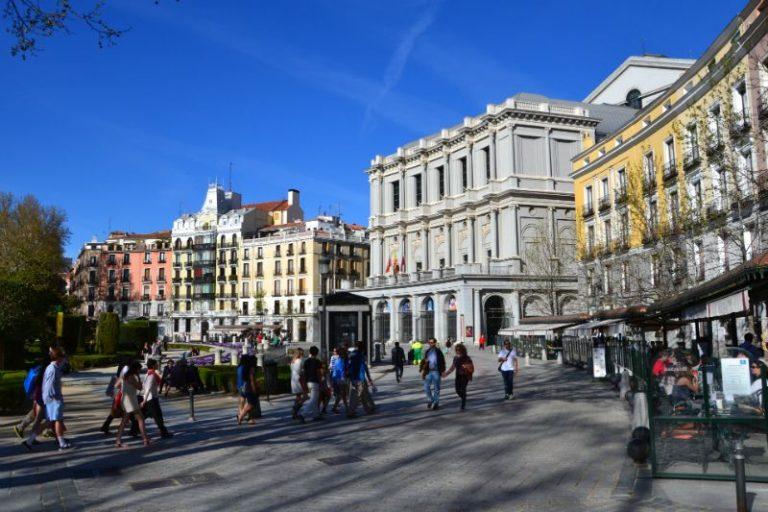 Plaza de Oriente in Madrid