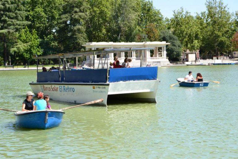Pond Retiro Park Madrid