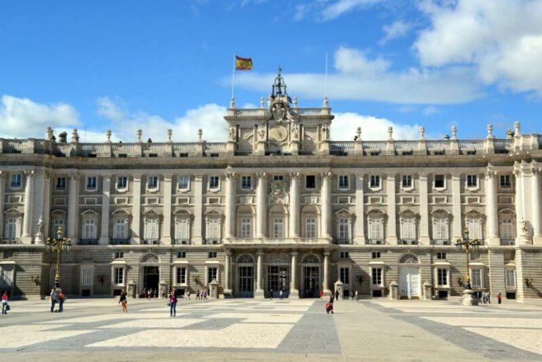 free entry to the royal palace in Madrid