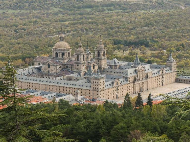 Free things to do in Madrid Monastery of El Escorial