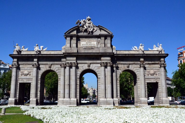 Walking Tour Private in Madrid