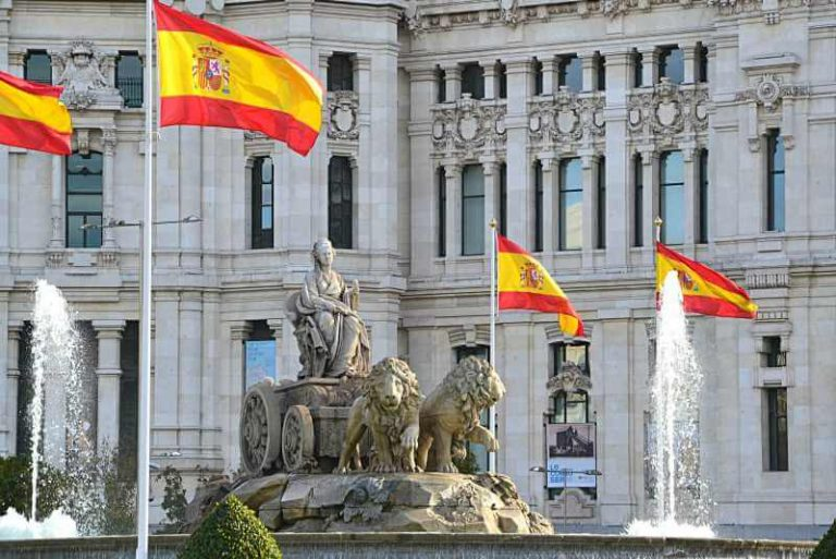 Private Chauffeur Tour of Madrid